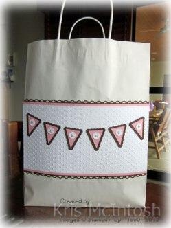 Elly's-gift-bag-2